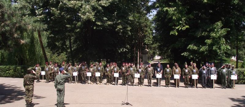 """Concursul naţional de paraşutism militar """"Cupa Aviaţiei Militare"""", Ediţia a 4-a 2014"""